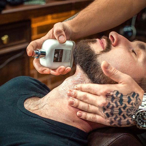 6. Нанесение средства после бритья